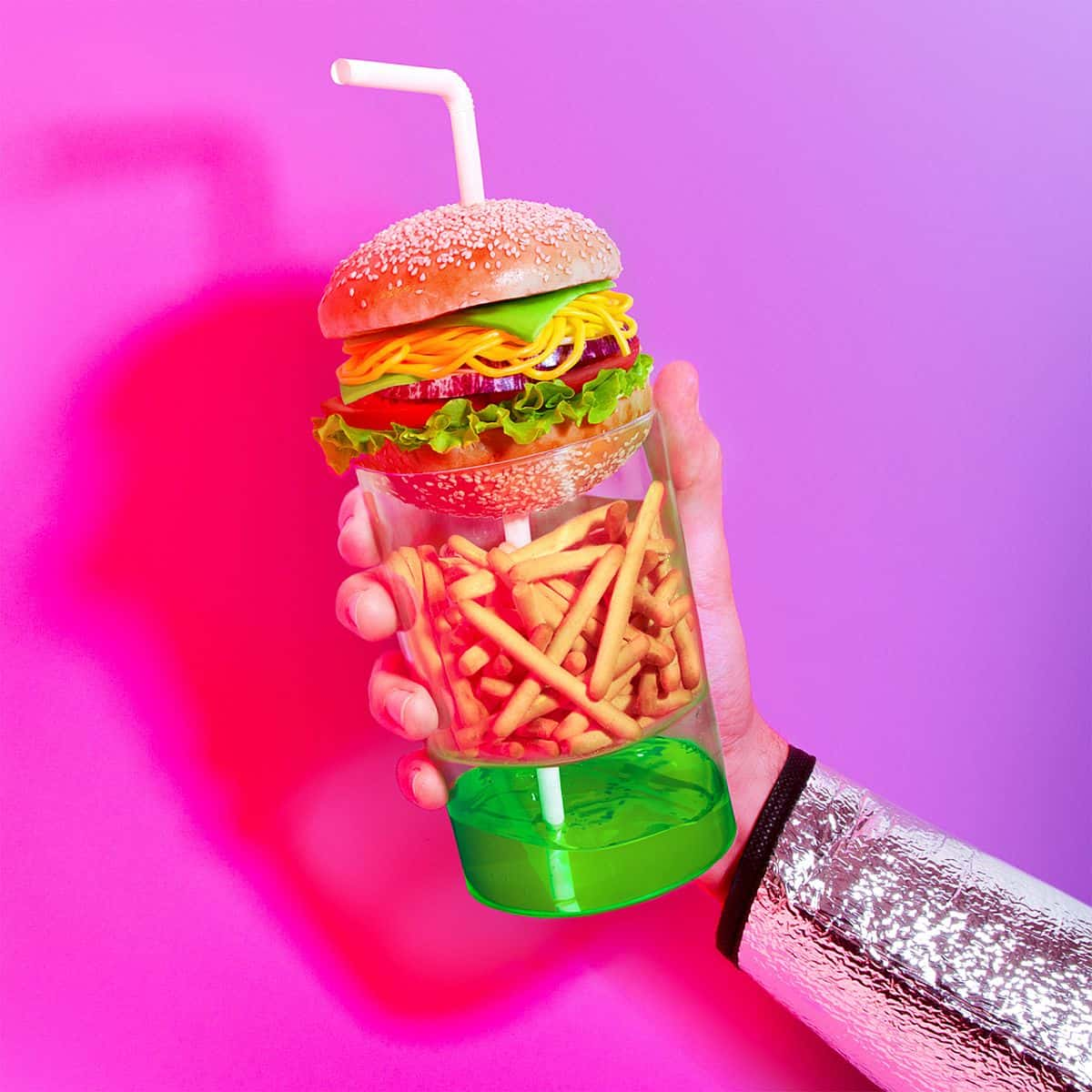 Burger 2045. Vegetarian, cu conopidă, roșii uscate, brânză de soia vegană cu lecitină