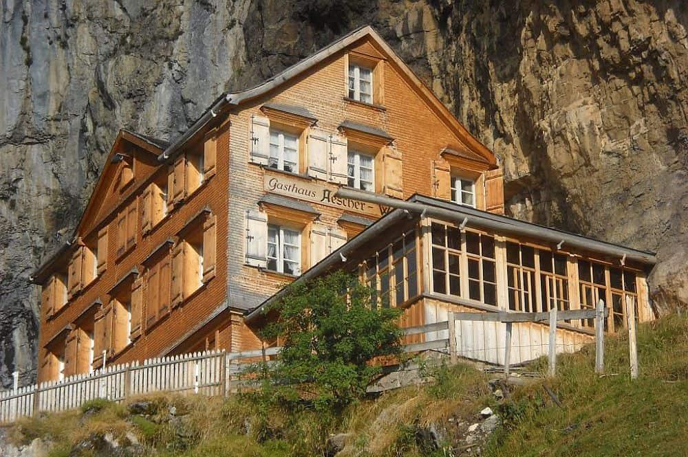 aescher1  Aescher Cliff, un restaurant la înălțime aescher1