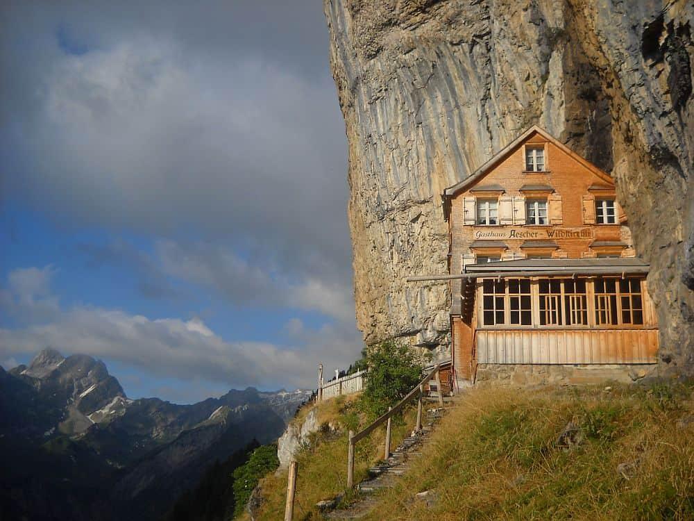 aescher2  Aescher Cliff, un restaurant la înălțime aescher2
