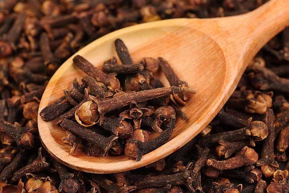 Foto: draxe.com  Condimentele - ghid de utilizare cuisoare
