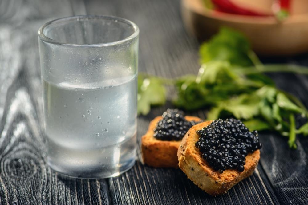 caviar si vodca