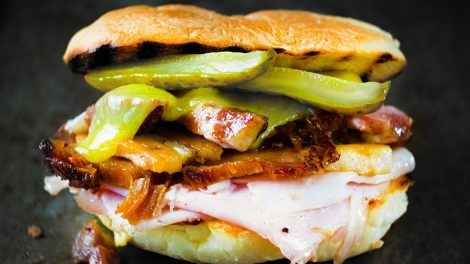 sandvis cubano